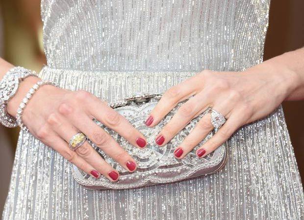 Bolsa De Mão Como Usar : Como usar a bolsa de m?o com eleg?ncia e estilo monica